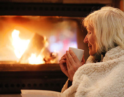 Helping Aging Adults Stay Warm in the Wintertime in Oshkosh, WI