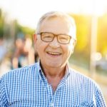 5 Ways to Make a Lonely Senior Feel Happy