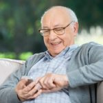 6 Ways to Effectively Communicate with Elderly People with Dementia
