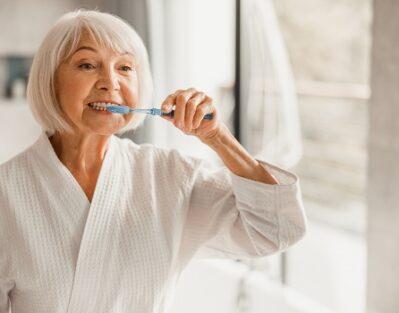 Helping Seniors Maintain Healthy Teeth in Oshkosh, WI